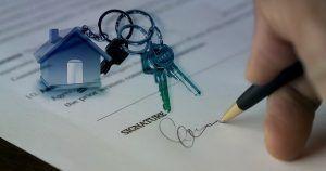 La realización de bienes sujetos a leasing inmobiliario por la concursada en liquidación